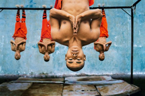 Shaolin monks training