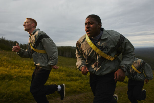 american soldiers training and running
