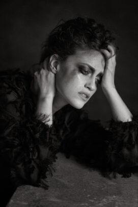 portrait of Pamela Marra by eolo perfido