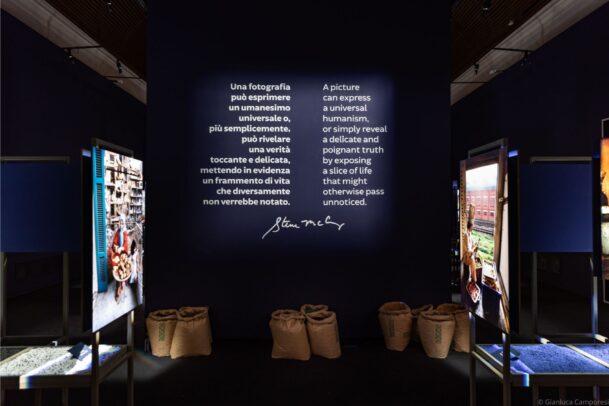 Steve McCurry Cibo Forlì installazione