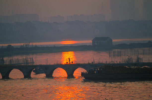 Sunset in Suzhou on the Grand Canal alight